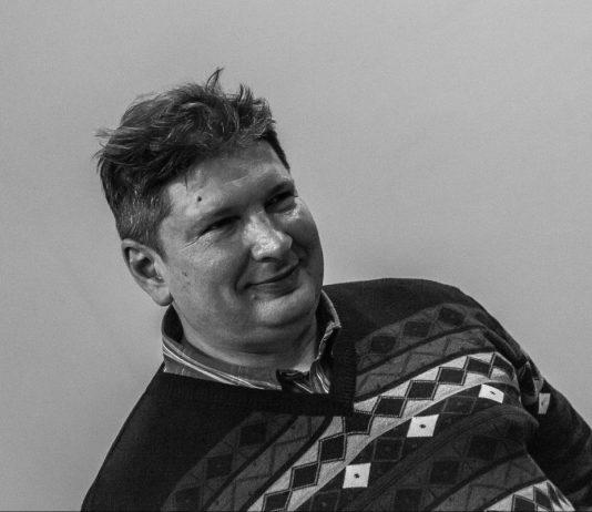 Поэт Алексей Родионов. Фото Екатерины Богдановой // Формаслов