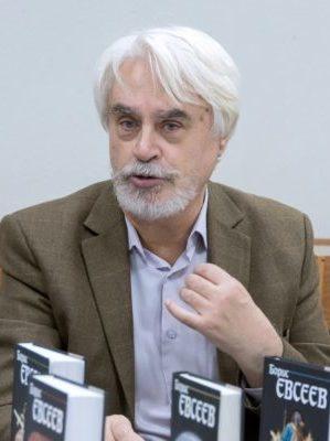 Писатель Борис Евсеев. Фото Сергей Каревский // Формаслов