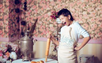8 марта, топ женских стихов о женщинах // Формаслов