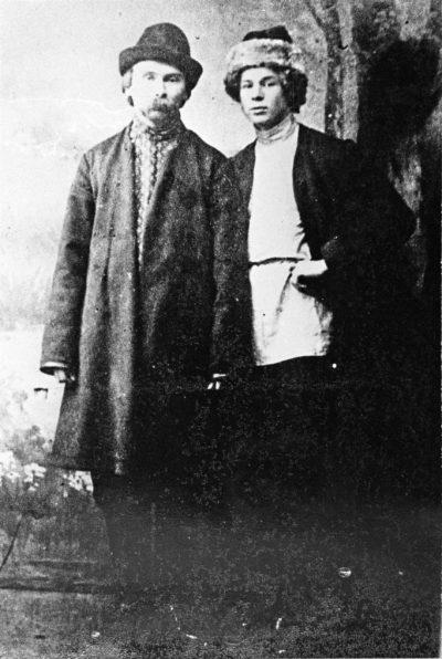 Николай Клюев и Сергей Есенин в Петрограде в 1915 // Формаслов