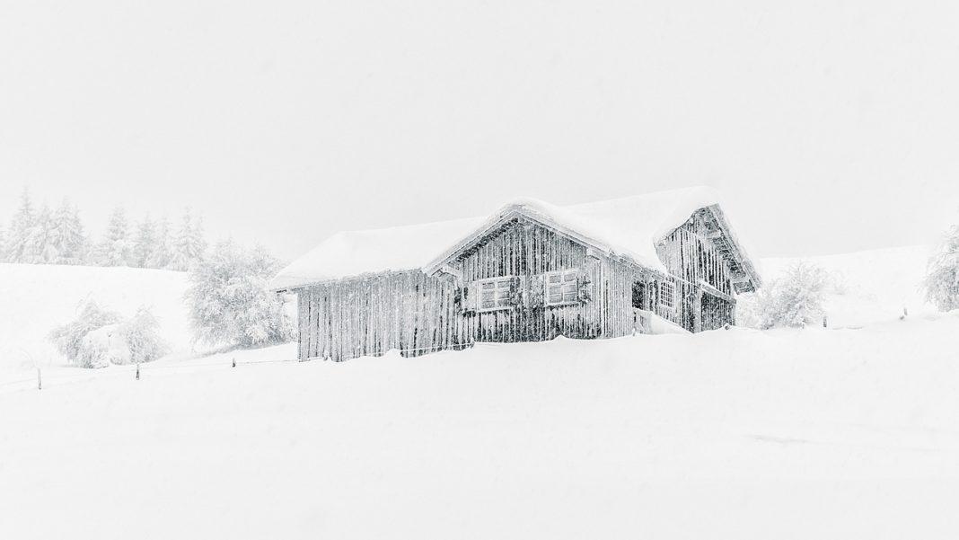 Дом под снегом // Формаслов
