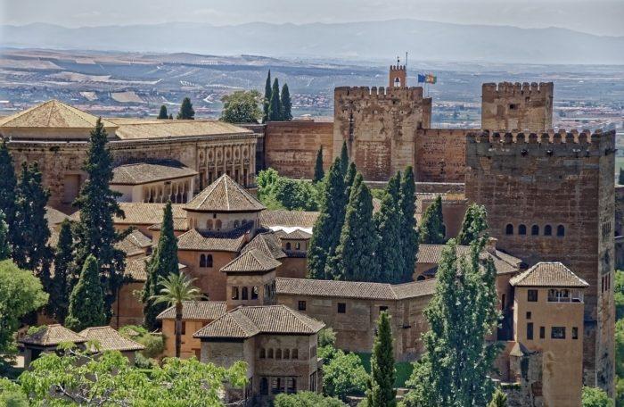 Альгамбра, Гранада // Формаслов
